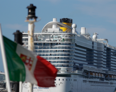 6,000 passengers lingered on a cruise ship in Italy, as fears of the Wuhan coronavirus spread